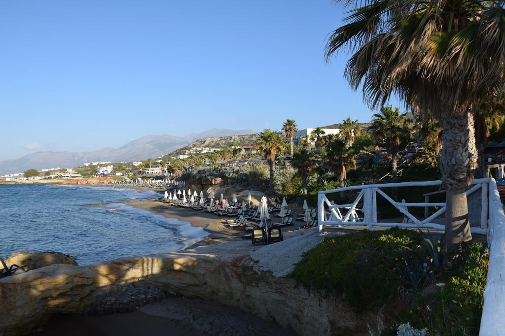 穿越地中海明媚多姿的希腊克里特岛的蓝天碧海,亲吻爱琴海上圣洁柔美