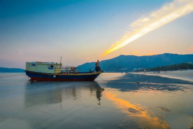 漳州东山岛出海海钓 渔民体验海鲜收获 渔排基地观光