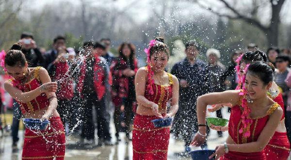 2016傣族泼水节是哪天时间,地址,门票,多少钱,在哪里
