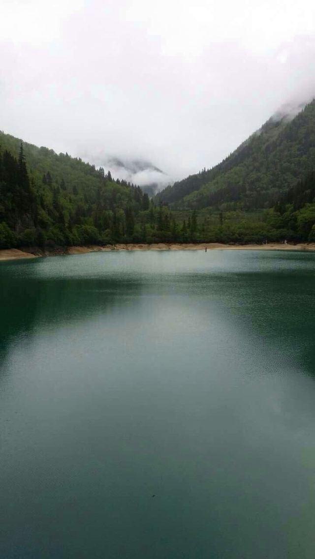 九寨沟风景区 从九寨沟出来,去一家藏族家里体验生活,酥油茶青稞酒