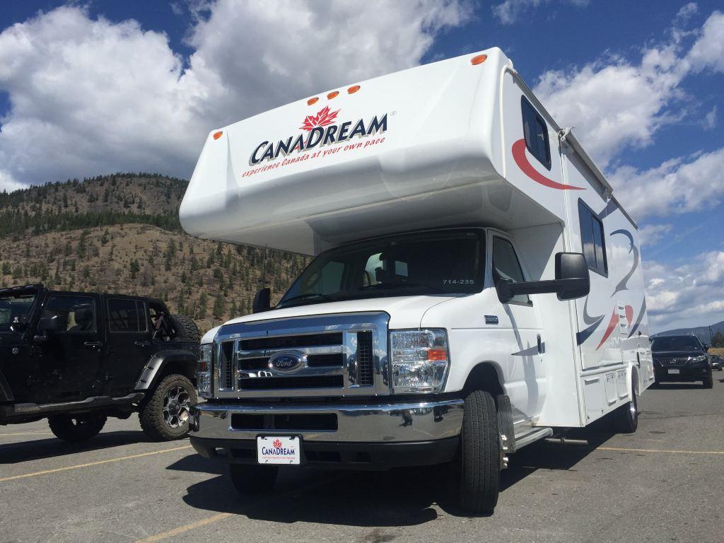"""拖""""家""""带口去旅行——加拿大落基山房车之旅"""