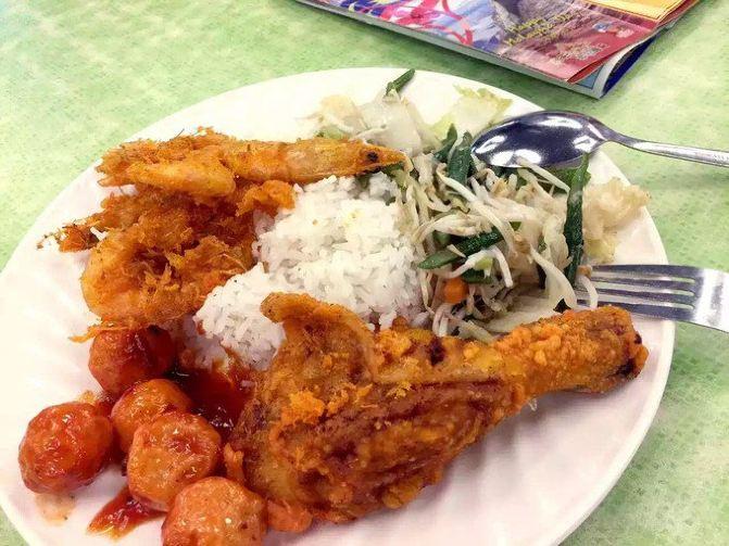 这份自助,14.5 rm 大马鸡腿大虾饭图片