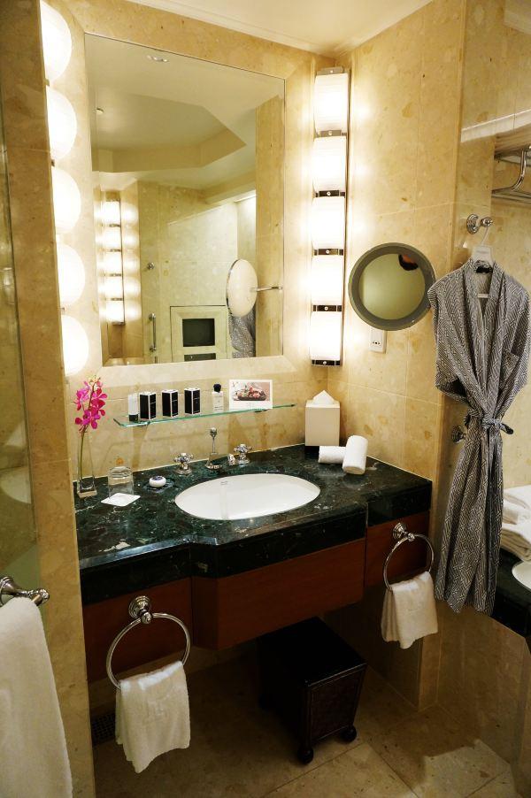 独立空间的马桶区和洗浴区