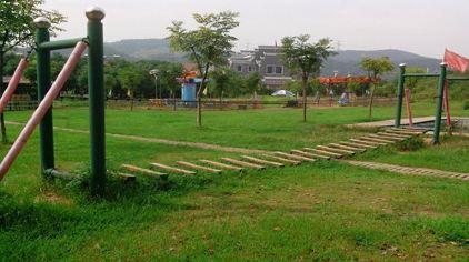 九真山风景区位于武汉市蔡甸区
