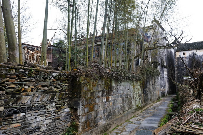 一家民宿的围墙图片