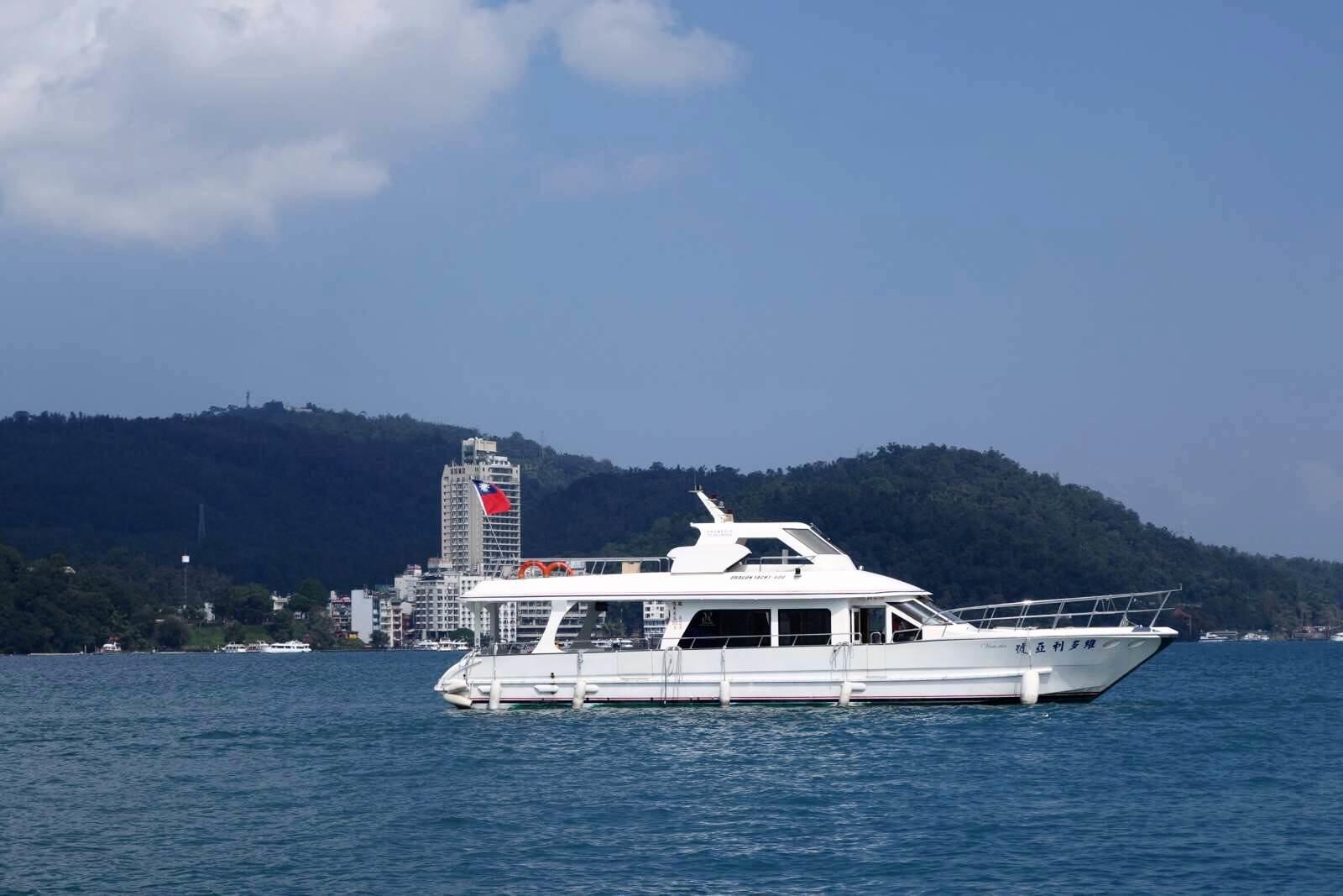 日月潭,这个打小就小学学课本上了解到的台湾风景名胜,从小大陆必去网站v小学游客奔牛.图片