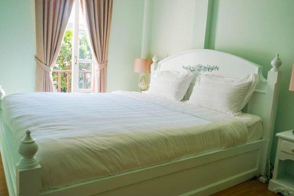 欧式雕花,床头立柜