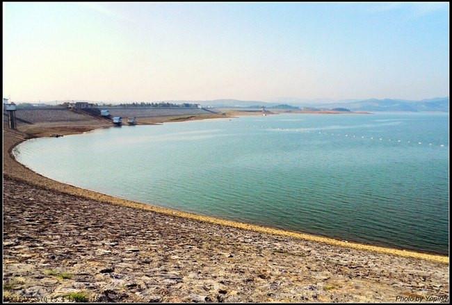 湖北松滋洈水风景区是国家aaa级景区,主要由洈水土坝和人工淡水湖