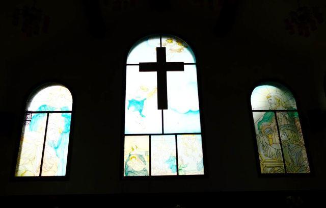 教堂窗户彩绘玻璃