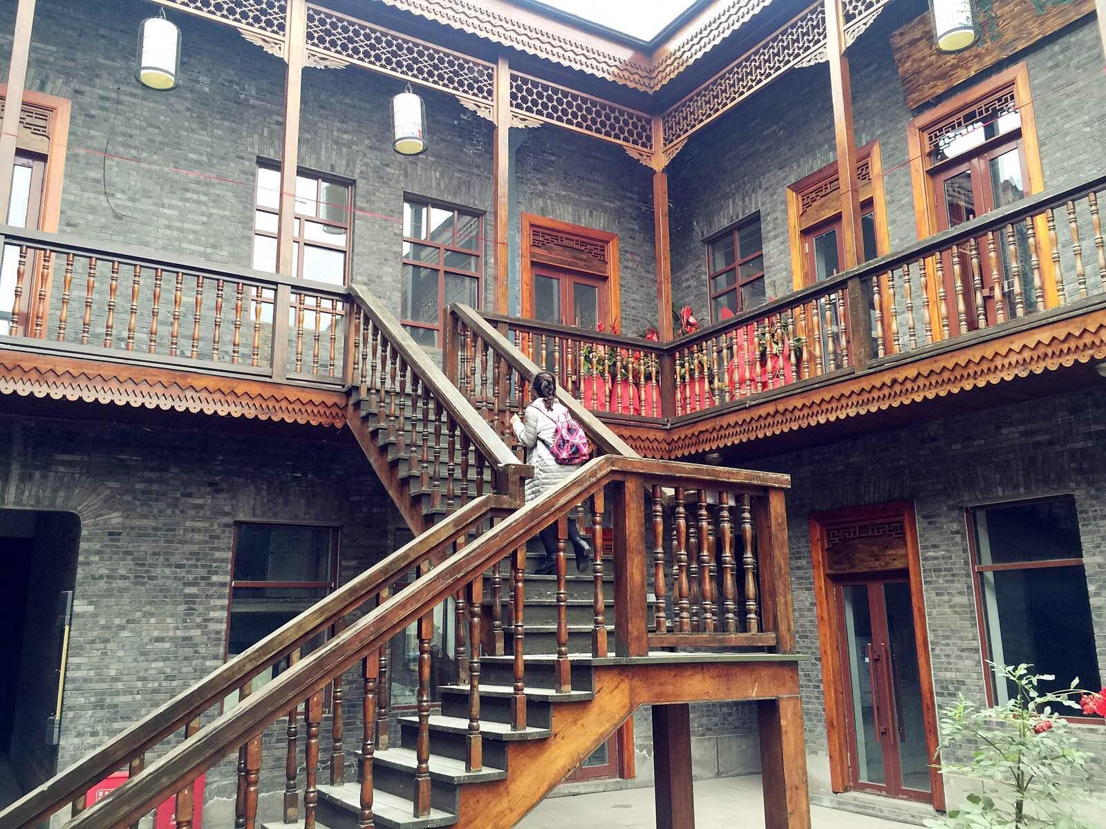 欧式别墅庭院回廊