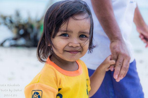 美人鱼岛上可爱的小姑娘