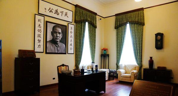 会客厅.与饭厅相连形成大厅