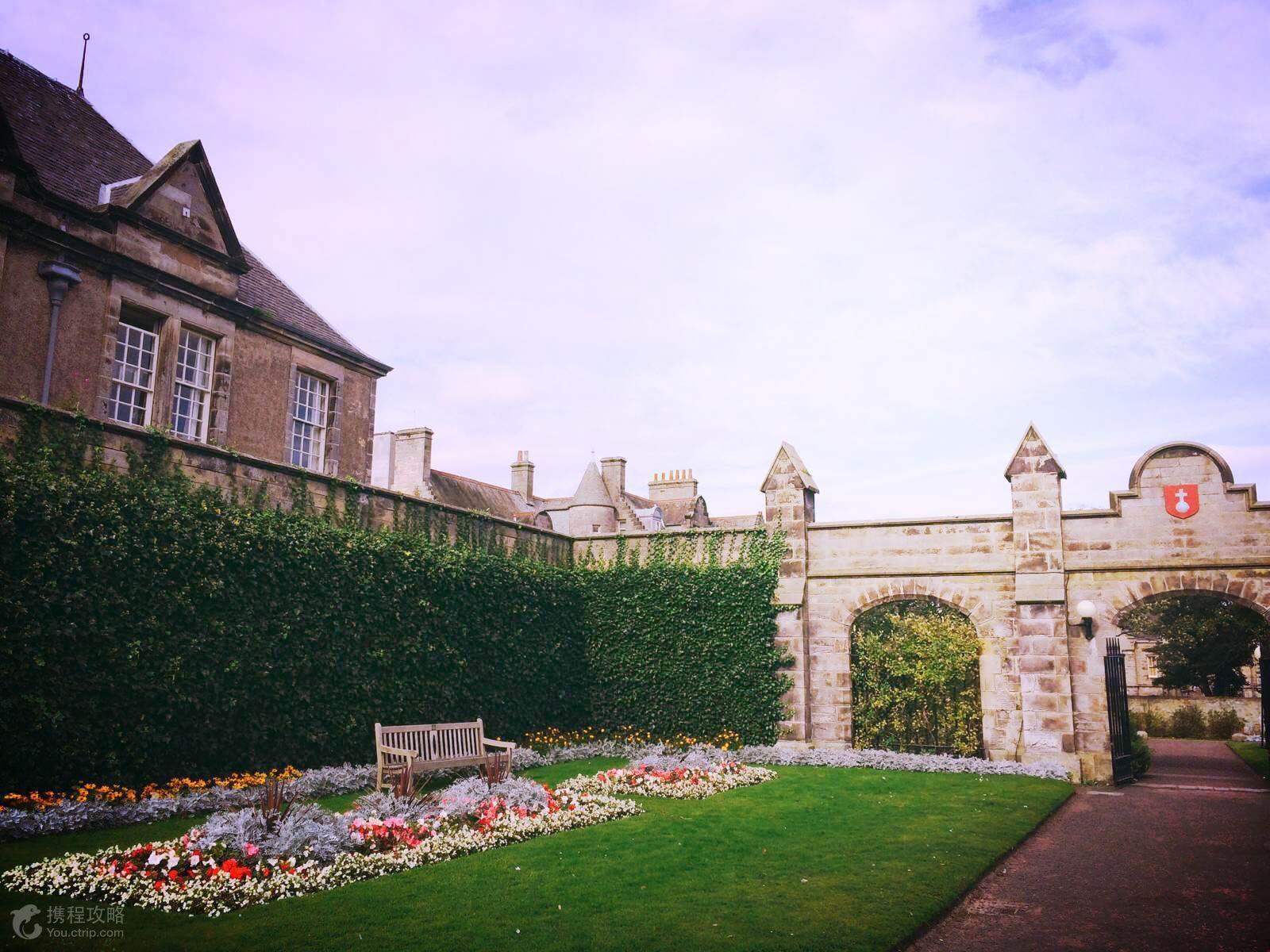 英国 爱尔兰13日11晚跟团游·圣安德鲁斯高尔夫体验,观爱丁堡城堡.
