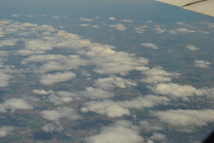 这航班航线好象是经沈阳哈尔滨过俄罗斯远东跨白令