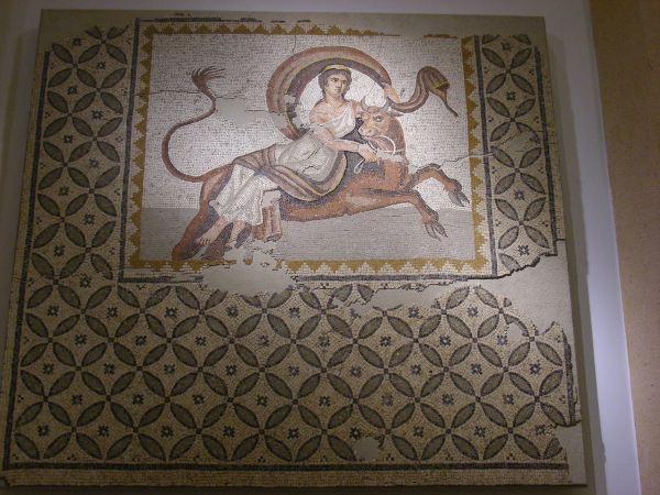 罗马别墅地板上的马赛克拼贴装饰画