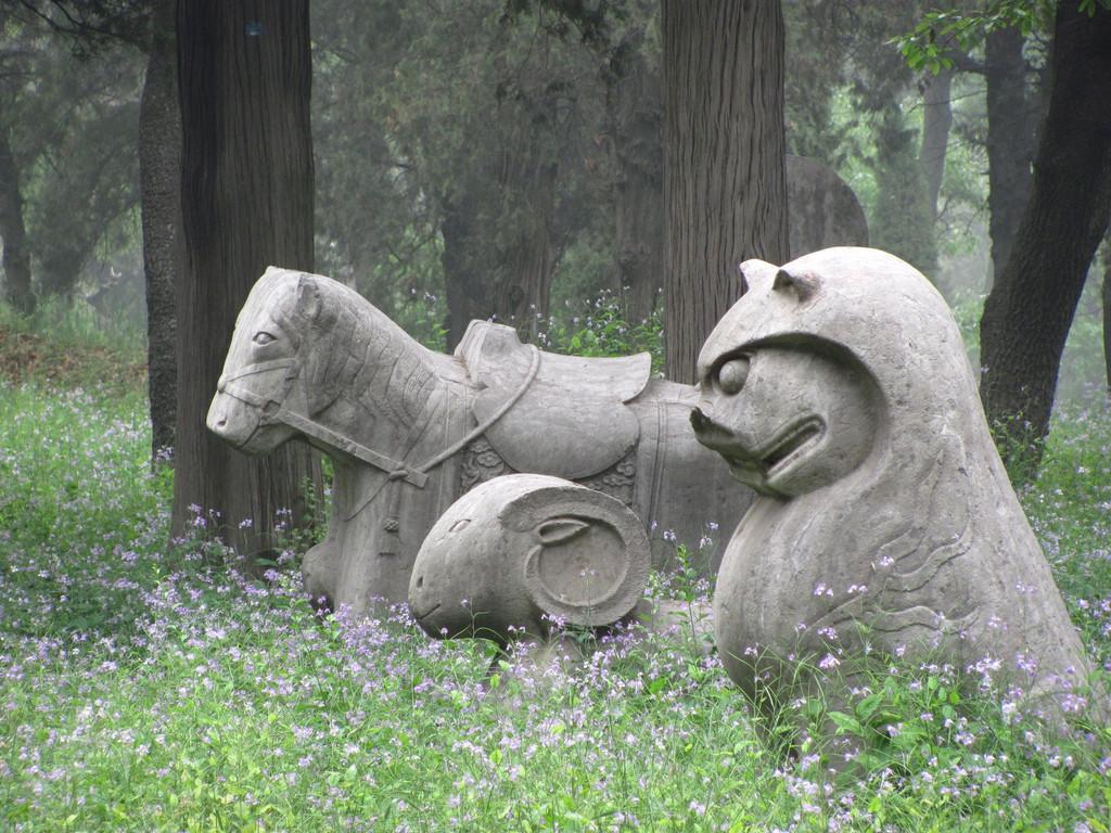 雕塑 动物 狗 狗狗