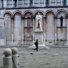 卢卡圣弥额尔广场-卢卡-sculptor