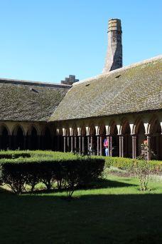 Maison de Bertrand du Guesclin-圣米歇尔山-莲子99
