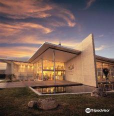 世界穿着艺术及古董车博物馆-尼尔森