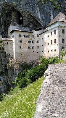 帕瑞德姆斯基城堡 -波斯托伊纳