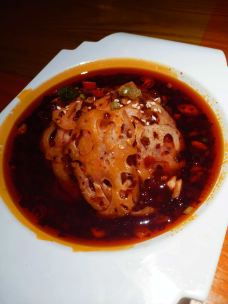 多嘴肉蟹煲-巴彦淖尔