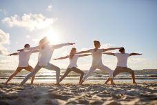 圣淘沙丹戎海滩瑜伽课程-圣淘沙岛-doris圈圈