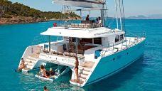 圣托里尼半私人豪华双体船之旅-圣托里尼-Yuaaa