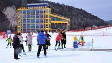 树顶漫步滑雪基地-黄龙-Yuaaa