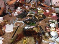 小胡子烧烤-宁晋-mopyfish611