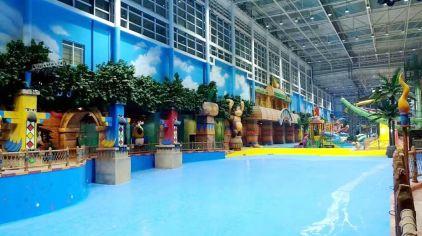 热浪岛室内恒温水乐园