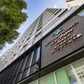 大阪拉·弗里爾蒙特利酒店