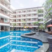 巴厘島庫塔太陽島酒店