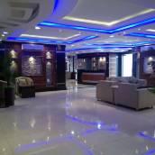 阿屋納赫迪 2 號套房酒店