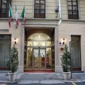 烏爾巴尼酒店