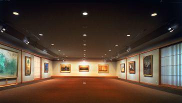 成川美術館「展示室」
