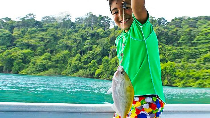 蘭卡威濕米島+孕婦島一日遊(海釣+BBQ午餐+紅樹林喂老鷹)