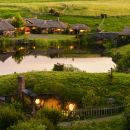 Waitomo and Hobbiton Day Tour from Auckland