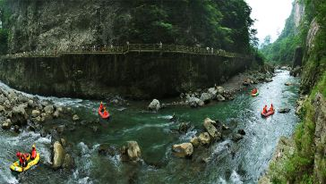南江大峡谷10