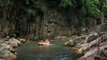 仙龙峡漂流 (8)