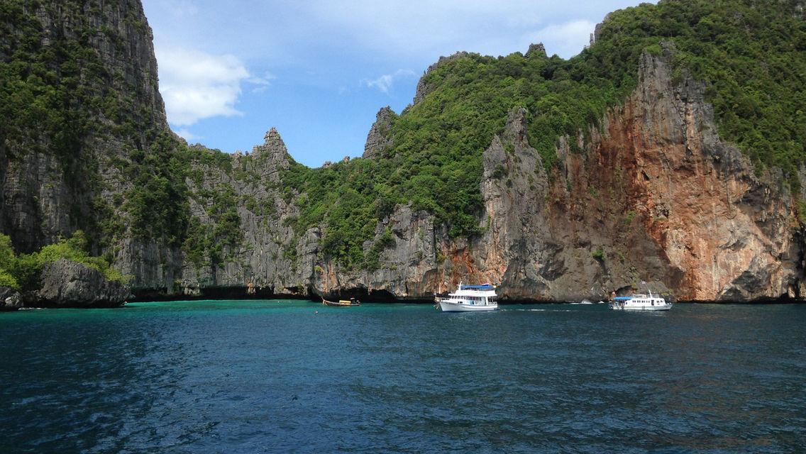 Phuket Phi Phi Island + Khai Island + Speedboat One-Day