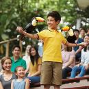 Jurong Bird Park - Lunch with Parrots