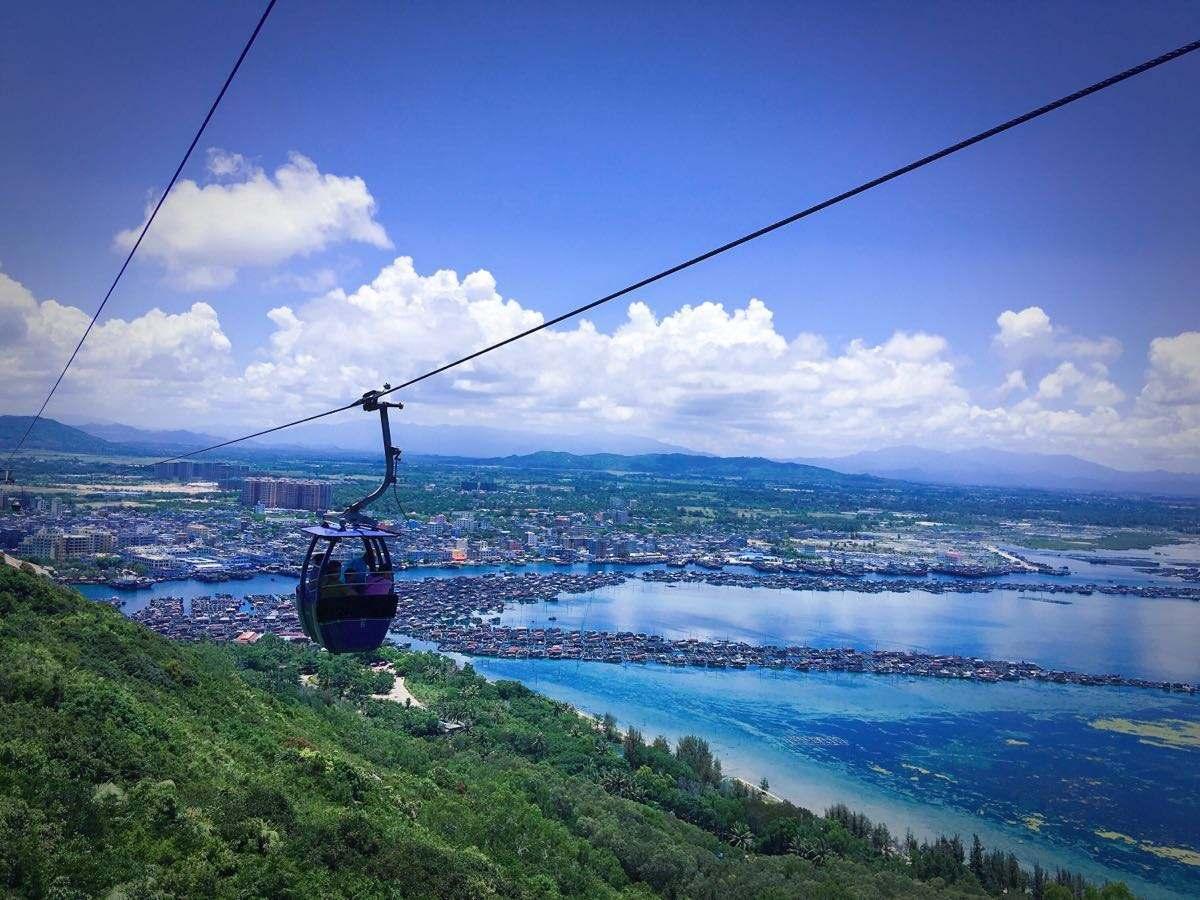 One-Day Chartered Bus Tour of Sanya Nanwan Monkey Island Scenic Spot