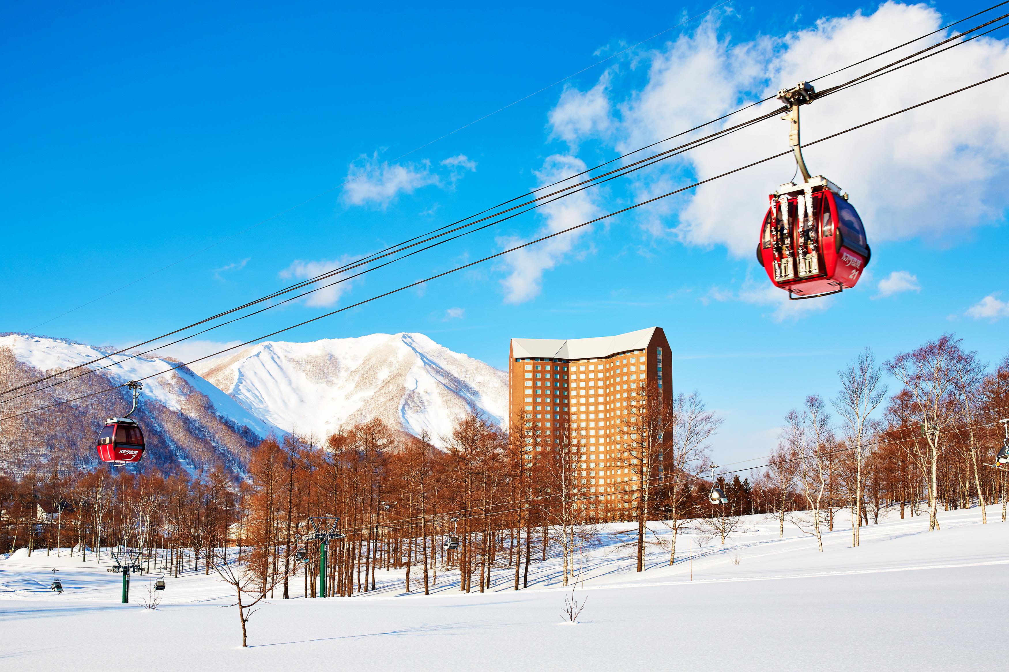 (日文司機北海道滑雪巴士)留壽都·二世古↔富良野滑雪場 · 星野度假村(單程滑雪巴士)