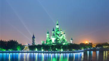 方特城堡夜景