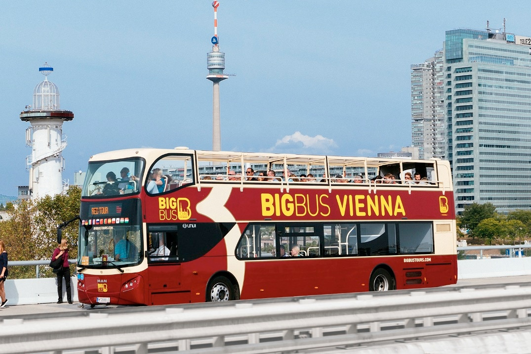 Hop-on Hop-off Bus Tour in Vienna