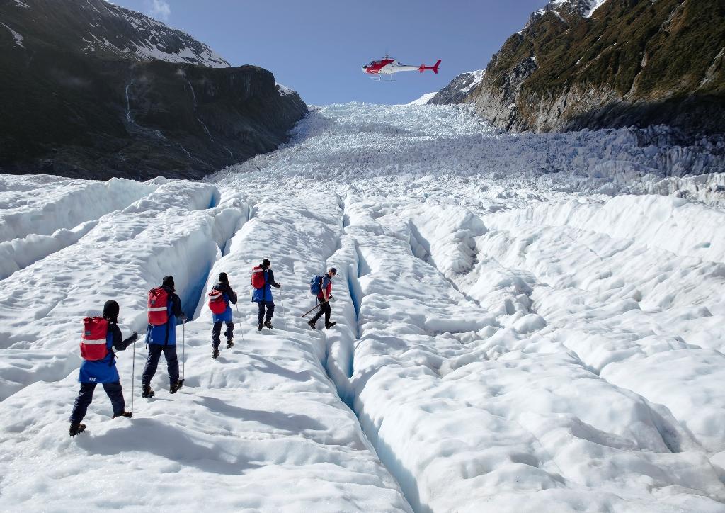 Helihike 直升机冰川徒步 1