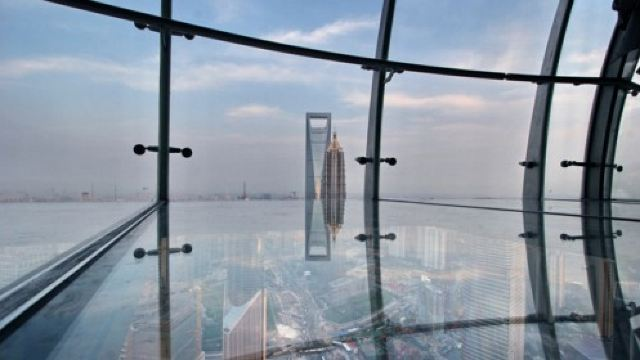 上海东方明珠+黄浦江+上海城隍庙+外滩一日游【登东方明珠 俯览上海风光  购物】