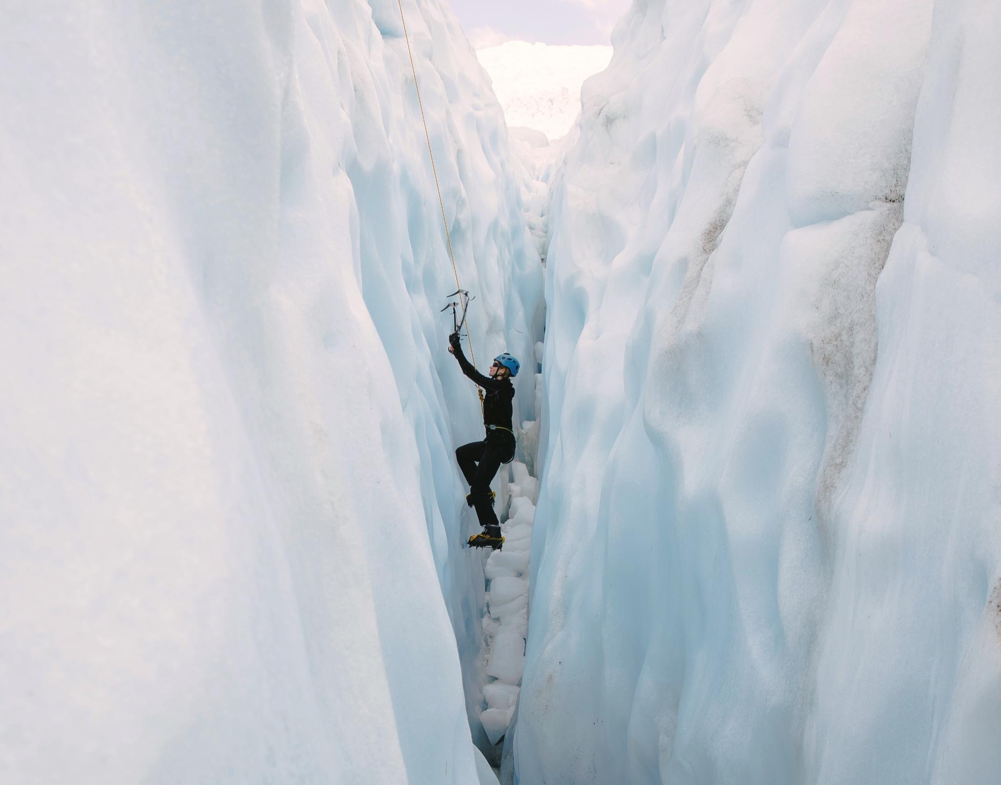 Tasman Glacier Ice Climbing 攀冰