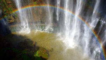 三峡大瀑布05