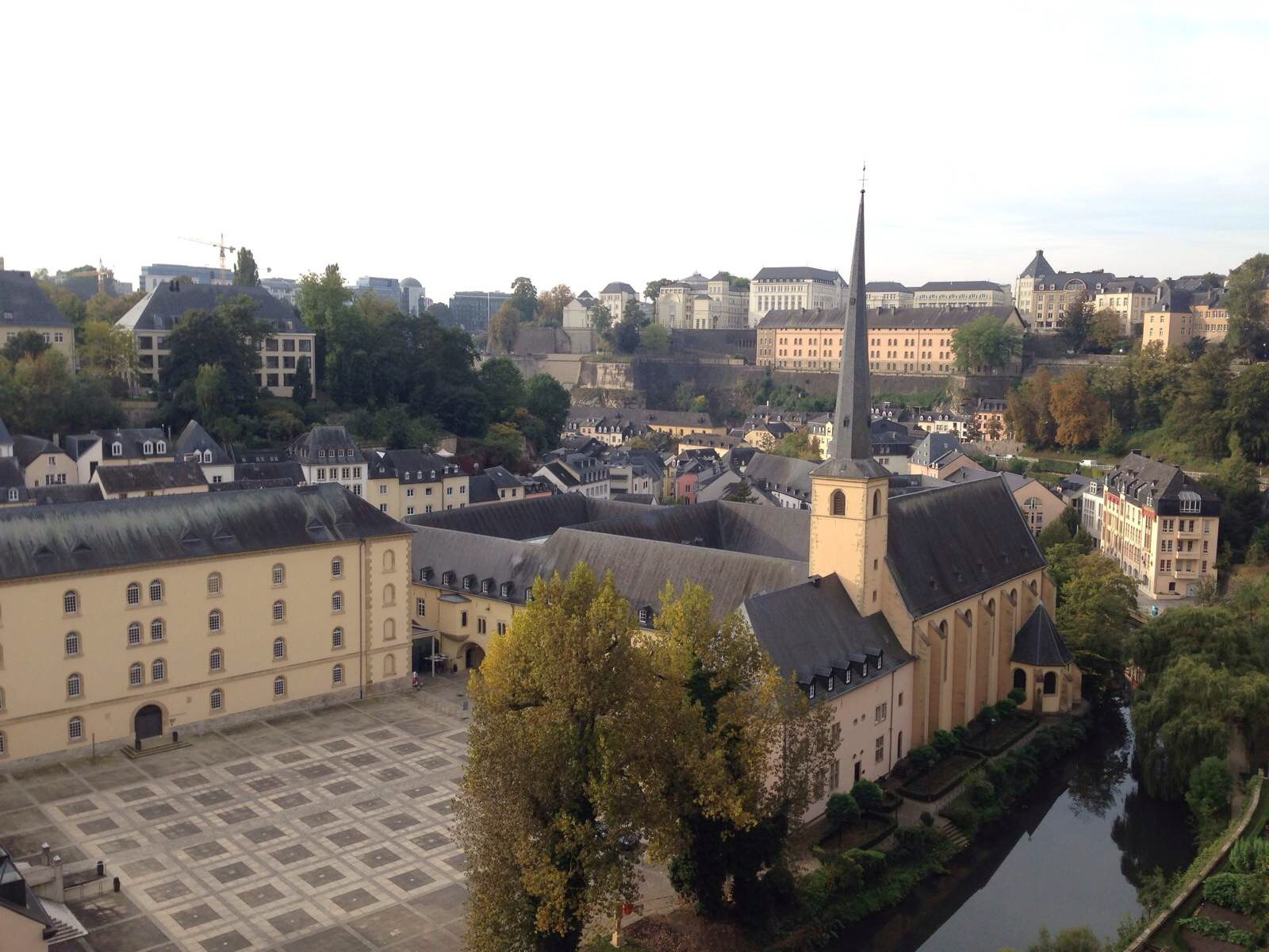 瑞士人均低保_瑞士风景图片